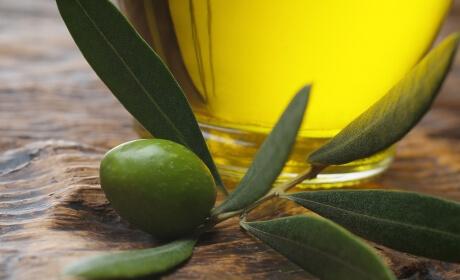 El aceite de oliva y sus propiedades terapéuticas